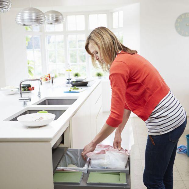 Kuchenny kosz na śmieci: zobacz jaki wybrać i gdzie umieścić