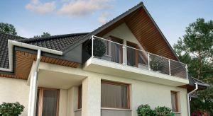 Nie jest na pierwszym planie, ale jej brak z pewnością szybko zauważymy. Poza pozytywnym wpływem na estetykę elewacji budynku, ma również do wykonania konkretne funkcje praktyczne.