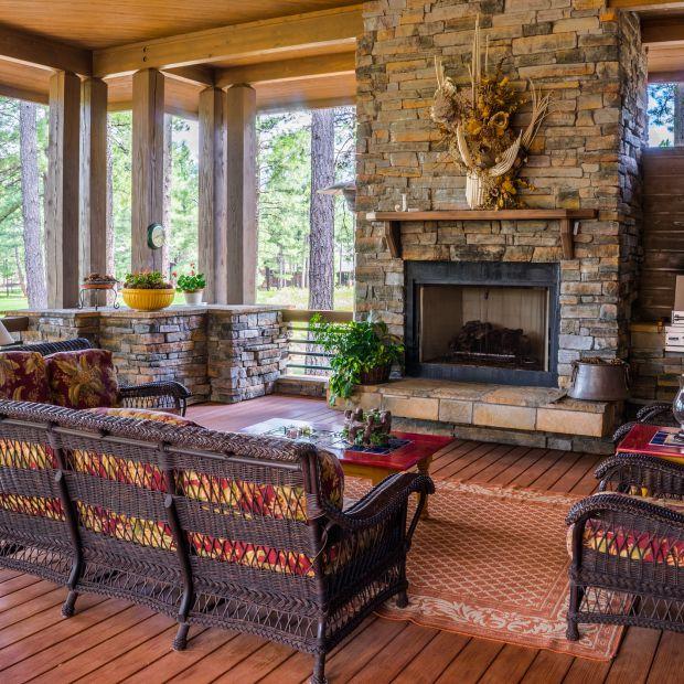 Drewno, kamień i metal - trendy w aranżacji wnętrza