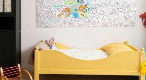 Wystrój wnętrz w pokoju dziecka ma duży wpływ na rozwój malucha. Kolory ścian, meble, dekoracje – powinny zapewniać przestrzeń, która będzie sprzyjać nauce, odpoczynkowi i zabawie. Sprawdźcie propozycje na dekoracje pokoju dziecka.