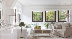 Połączenie luksusu i elegancji z przytulnością oraz swobodą letniego domku na plaży.Tak w jednym zdaniu można opisać styl Hampton, który warto wykorzystać jako inspiracjędo wprowadzenia lata do mieszkania.
