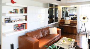Salon jest pomieszczeniem reprezentacyjnym.Tutaj przyjmujemy gości,spędzamy czas z rodziną. Ale potrzebujemy także miejsca do przechowywania przedmiotów.