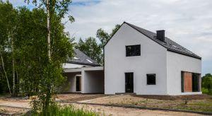 Myśląc o budowie lub zakupie domu, współczesny inwestor poszukuje przede wszystkim komfortu, rozumianego jako połączenie bezpieczeństwa, wysokich standardów użytkowania i estetyki.