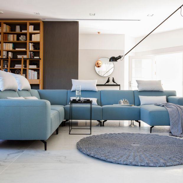Niebieska sofa - zobacz ciekawe propozycje