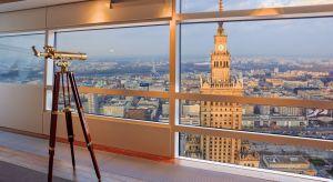 Luksusowe apartamenty to coś więcej niż mieszkania w ładnej okolicy. Do dyspozycji ich właścicieli są również usługi na miejscu, jak kino, siłownia oraz dyskretny concierge, wyręczający ich w różnych czynnościach.