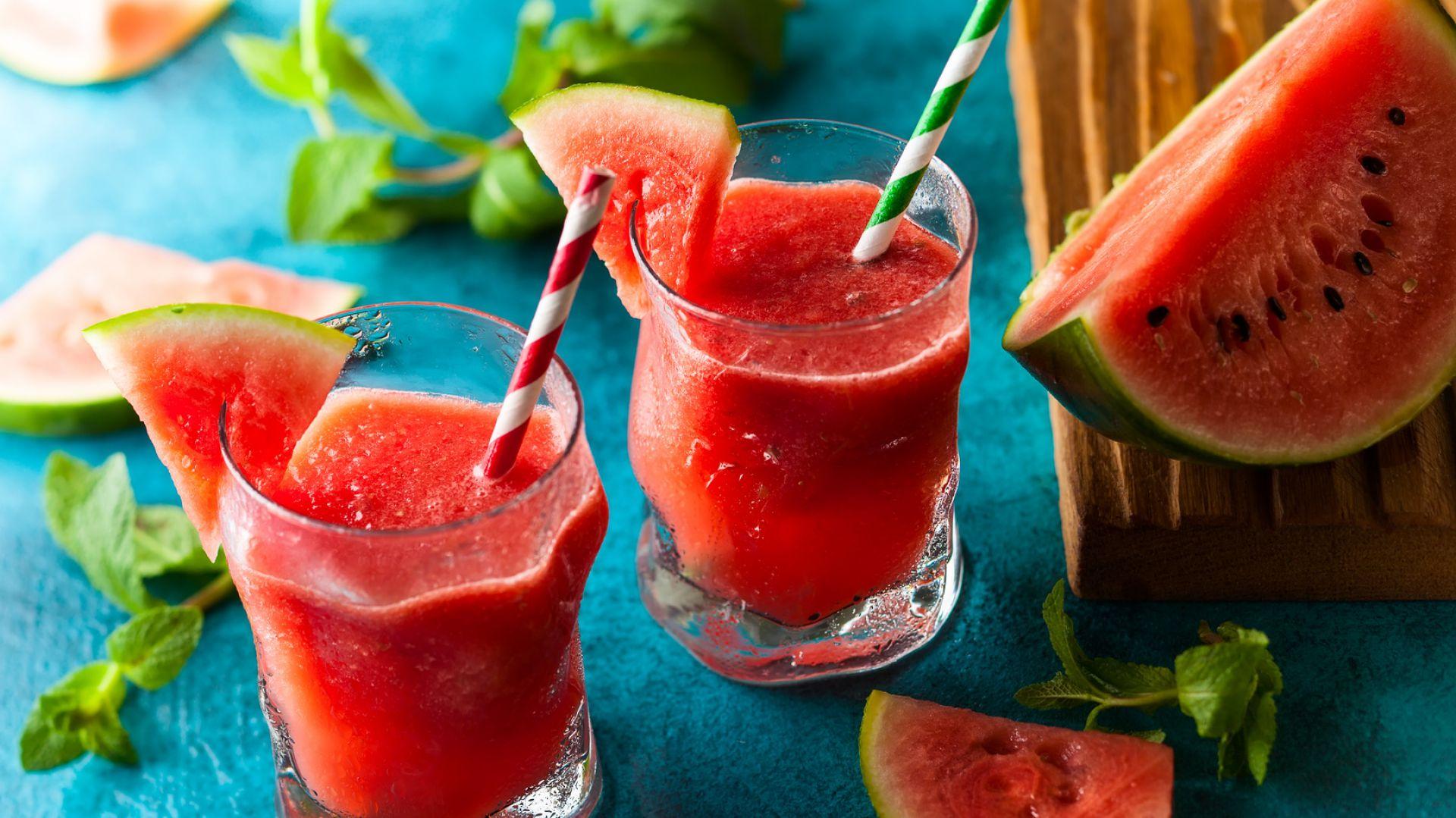 Smoothies to idealny napój na upalny dzień. Fot. Haier