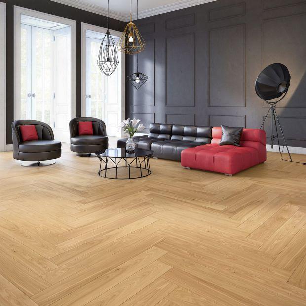 Podłoga w salonie. Postaw na jakość drewna