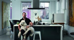 Jeff Goodman Studio współpracuje z inwestorami budowlanymi i hotelami, prywatnymi kolekcjonerami i właścicielami domów, dostarczając oryginalne szklane lampy i żyrandole oraz instalacje szkła architektonicznego. Prace Jeffa można oglądać w miej