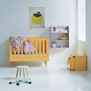 Soczyste kolory i minimalistyczny design sprawdzą się w pokoju niemowlaka. Fot. Flexa