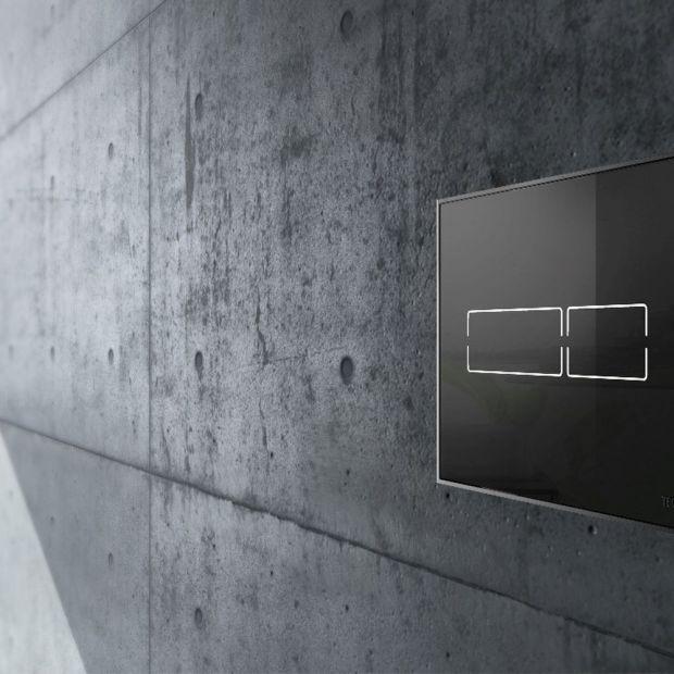 Praktyczna łazienka - jak wybrać przyciski spłukujące