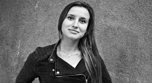 Nazywam się Natalia Gołębiewska i jestem dyplomowanym architektem wnętrz. Z mojej miłości do twórczości narodziło się autorskie studio projektowe Creolove. Tu powstają projekty wnętrz na miarę różnorodnych oczekiwań.