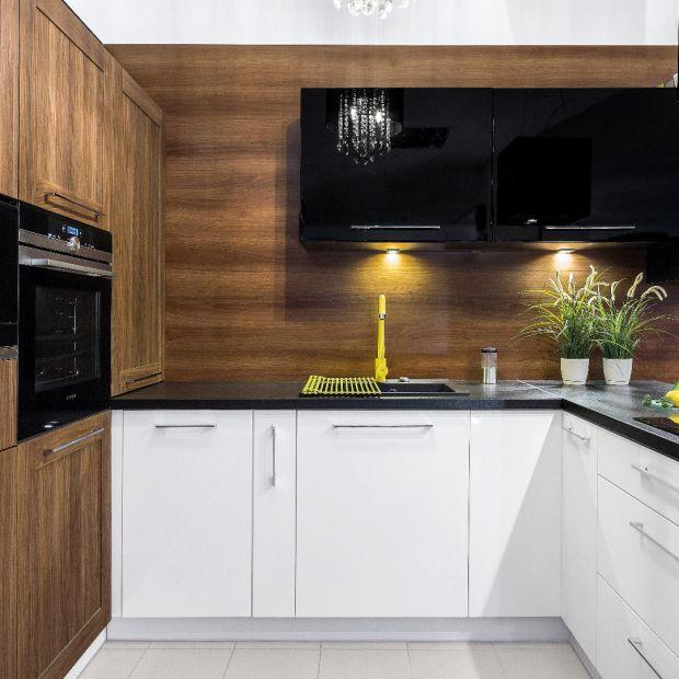 Blat roboczy w kuchni - jak wybrać odpowiedni?