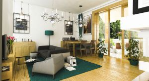 Szczęśliwa II to mały, stumetrowy dom z poddaszem, o klasycznej bryle, z dwuspadowym dachem i jasną elewacją wykończoną tynkiem. Prosta forma architektoniczna i optymalny metraż sprawią, że dom będzie niedrogi w budowie i późniejszym utrzym