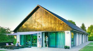 Inspirowana konstrukcją prawdziwej stodoły z Przytkowic – Stodom(a) w Wadowicach, to dom nie tylko nowoczesny i funkcjonalny, ale również nawiązujący w swej formie do piękna lokalnej tradycji i kultury.