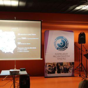 Elżbieta Śliwowska, kierownik salonu Elements w Białymstoku opowiada o najprostszej drodze do nowej łazienki i energooszczędnego domu