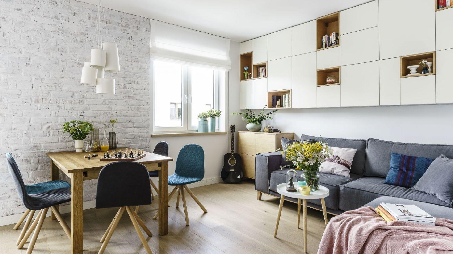 Nowoczesne, jasne mieszkanie - zobacz piękny projekt