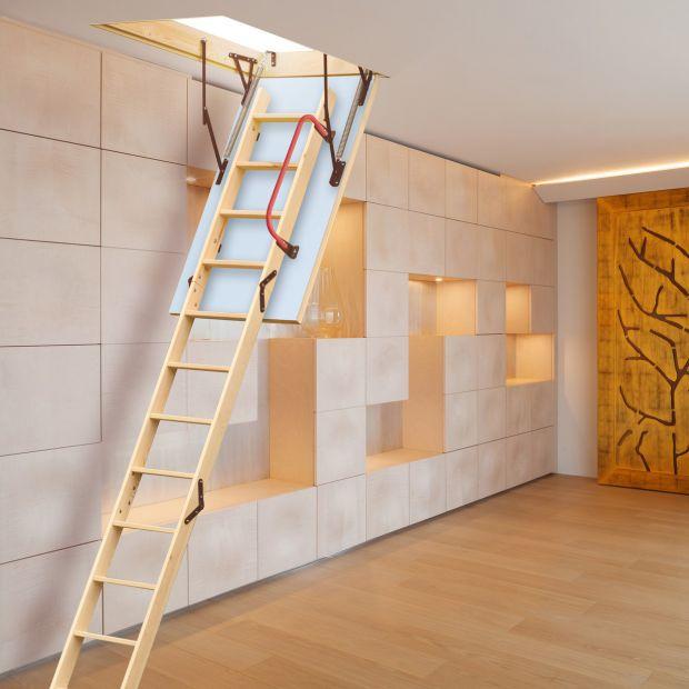 Schody na strych. Funkcjonalne i estetyczne