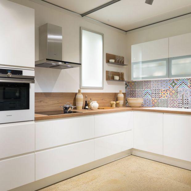 Biała kuchnia. Aranżacje klasyczne i nowoczesne
