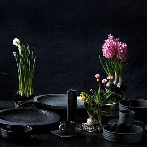 Kolekcja Black & White. Fot. Ćmielów Design Studio