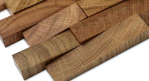 Drewniana mozaika z serii DUNIN Etn!k powstała z naturalnego, litego drewna, które starannie wybierane jest z najlepszej tarcicy. Produkt zgłoszony do konkursu Dobry Design 2018.
