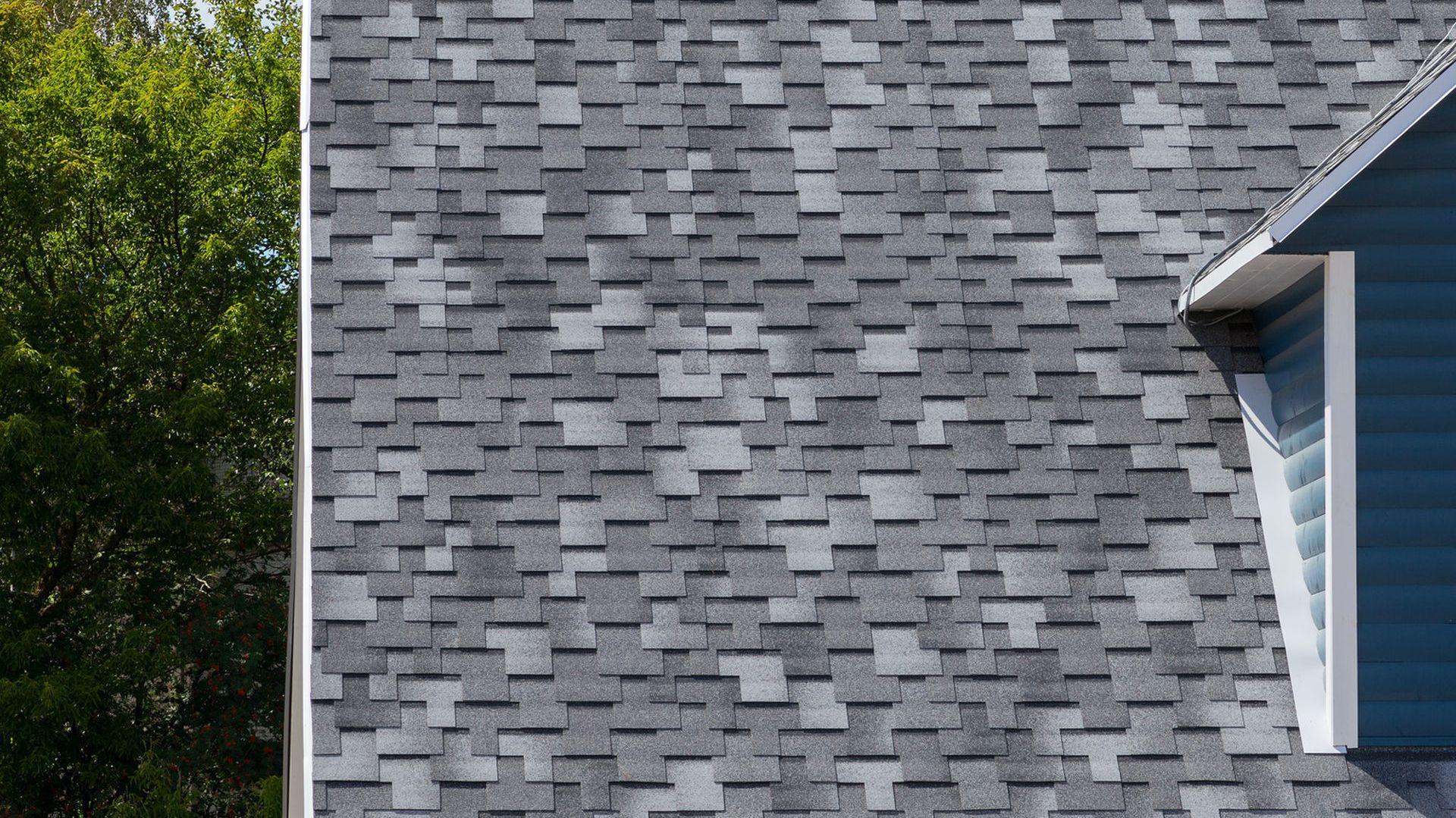Naprawa dachu. Fot. Fotolia