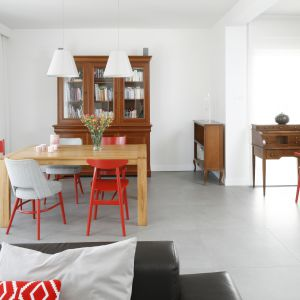 Piękny salon w stylu klasycznym. Projekt: Joanna Ochota. Fot. Bartosz Jarosz