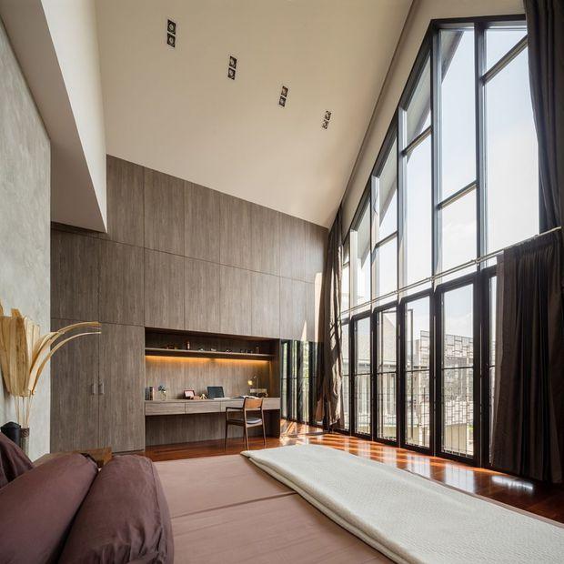 Jakie drewno wybrać, aby cieszyć się oknami przez lata?