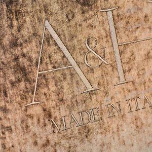 Omenaa Mensah i nowy projekt  wnętrzarski  firmy Ammadora i Galerii Heban: marka luksusowych mebli A&H