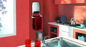 Praktycznym rozwiązaniemdo łazienki lub kuchni jest mały grzejnik elektryczny, który wyposażony jest w wentylator. Dzięki niemu, w kilka minut, podniesie temperaturę o 2-4 st.C, a także intensywnie wysuszy ręczniki czy bieliznę.