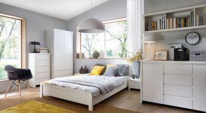 Meble w białym kolorze to sprawdzony sposób na modną sypialnię. Doskonale sprawdzą się zarówno w małym, jak i w dużym wnętrzu.