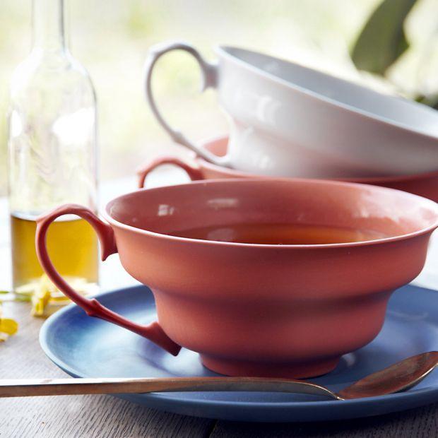 Awangardowa porcelana - miska czy filiżanka?