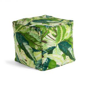 Pufy Tropical z akrylowej tkaniny ozdobione przepięknym wzorem przeznaczone są zarówno do wnętrz jak i na zewnątrz. Fot. LaForma