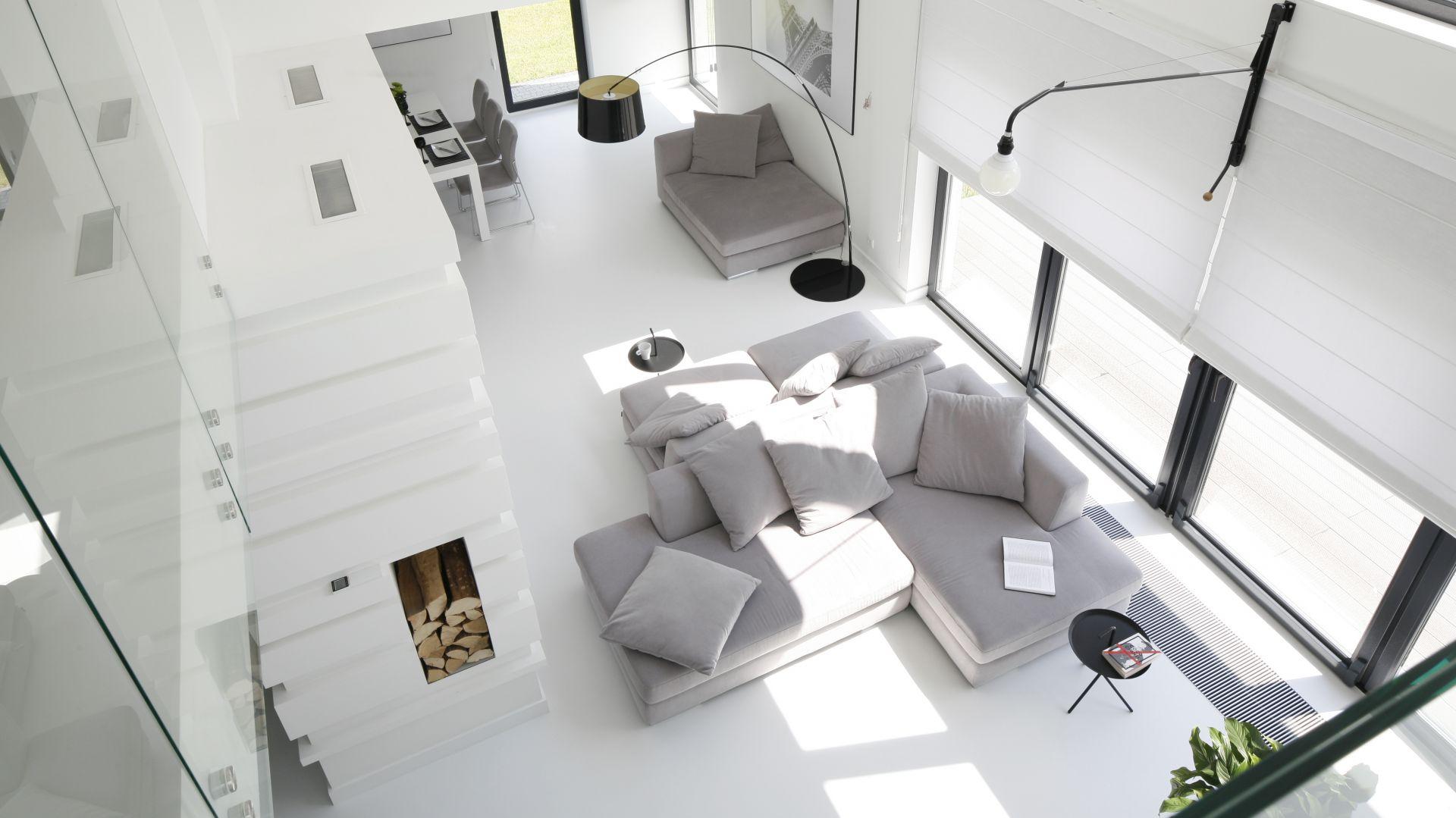 Nowoczesny dom - piękne wnętrza w bieli i szarości