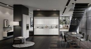 Piękna forma idzie tu w parze z perfekcyjnie zaprojektowanym i wykonanym wnętrzem, a każda wykonywana w kuchni czynność dostarcza estetycznych doznań.