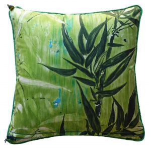 Poduszka z motywem zieleni. Fot. Vintagecushions