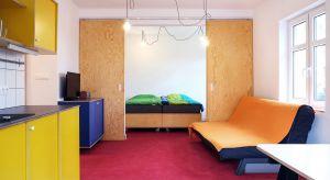 Wnętrze wakacyjnego apartamentu w Niechorzu zaprojektowano z myślą o dopasowaniu do stylu życia wczasowiczów.