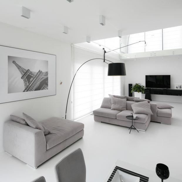 Jasny salon z polskich domów - 20 pięknych wnętrz