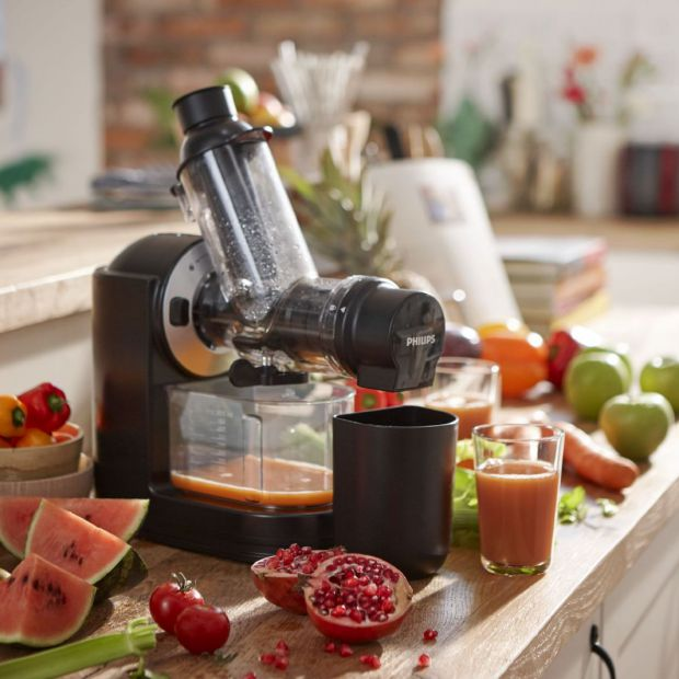 Małe AGD do kuchni: zdrowe soki dzięki wyciskarkom