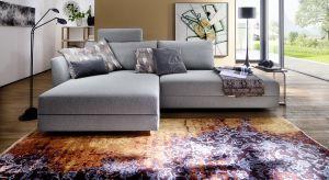 Jedne z najpopularniejszych obecnie mebli wypoczynkowych, czyli szare kanapy oferowane są w nieliczonej ilości modeli. Dziś prezentujemy 5 nowości.