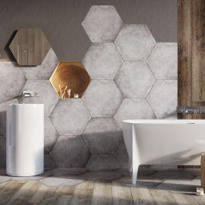 Nowoczesna łazienka: szare płytki ceramiczne. Kolekcja Hexon Madera. Fot. Ceramstic