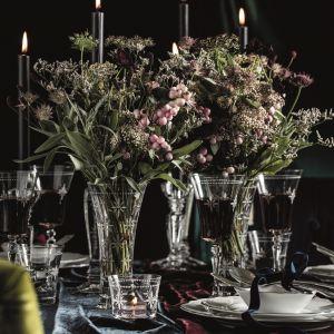 Aranżacja stołu: serwis Moments. Fot. Fyrklӧvern