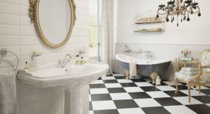 Wszechobecny minimalizm jest być może na topie, ale styl klasyczny ma wiernych zwolenników. Zobaczcie łazienki urządzone właśnie w tej estetyce.