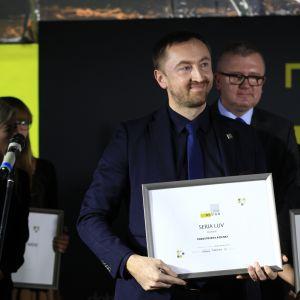 Wyróżnienie za serię Luv firmy Duravit odebrał Andrzej Romaniuk, szef sprzedaży Polski centralnej w firmie Duravit.