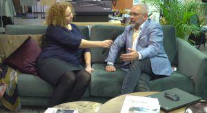 O tym jak urządzić przestrzeń domowego biura opowiadał w trakcie Forum Dobrego Designu Jarosław Lehwark, prezes zarządu BoConcept w Polsce, partner główny wydarzenia.