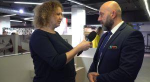 Jak innowacje technologiczne odmieniają oblicza współczesnych łazienek? Na Forum Dobrego Designu 2017 mówił o tym Michał Szymański, szef regionu centrum-wschód Roca Polska.