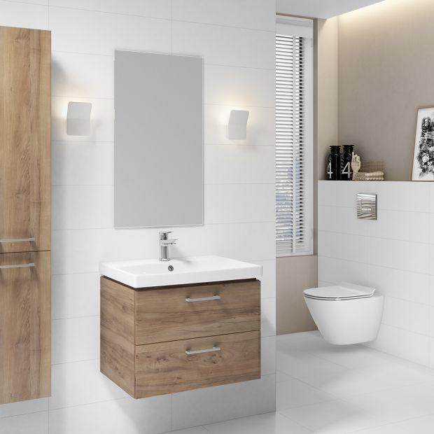 Modna łazienka - ponadczasowe połączenie drewna i bieli