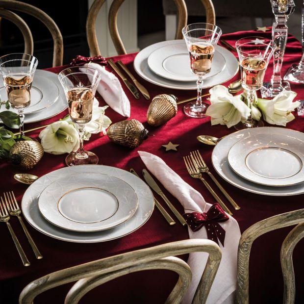 Świąteczne aranżacje stołu: zobacz te najpiękniejsze