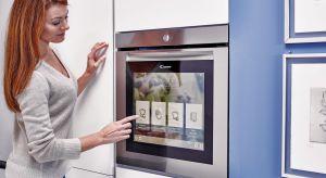 Na rynku własnie pojawił się piekarnik wyposażony w funkcję Wi-Fi z unikalnymi drzwiami all-Touch Total Control, które pełnią funkcję ekranu dotykowego zintegrowanego z kamerą HD.