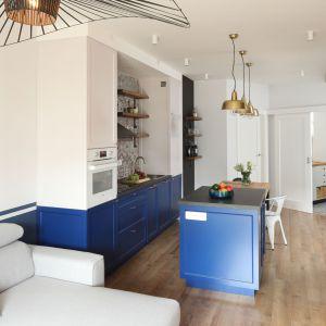 Małe mieszkanie można urządzić funkcjonalnie i ładnie. Wystarczy trochę wyobraźni i wiedzy, którą zapewnimy w trakcie najbliższych spotkań z Akademią Dobrze Mieszkaj. Projekt: Anna Krzak. Fot. Bartosz Jarosz