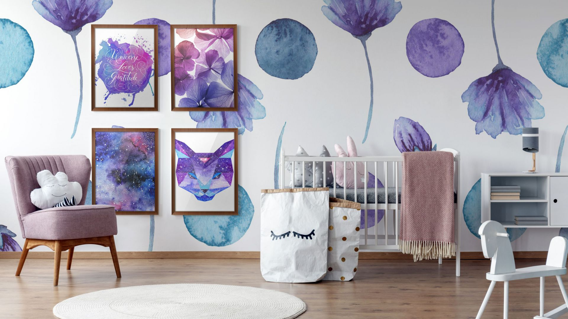 Ultra Violet - ten kolor zdominuje wnętrza w 2018 roku!  Fot. Pixers